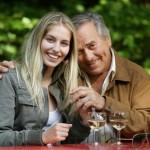 Partnerschaft mit Altersunterschieden – warum ein jüngerer Partner?